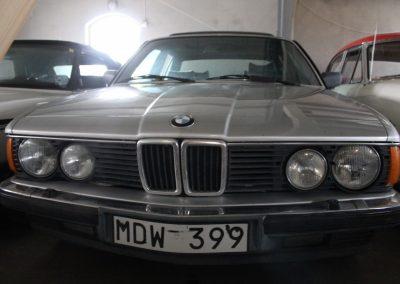 BMW 732 1984